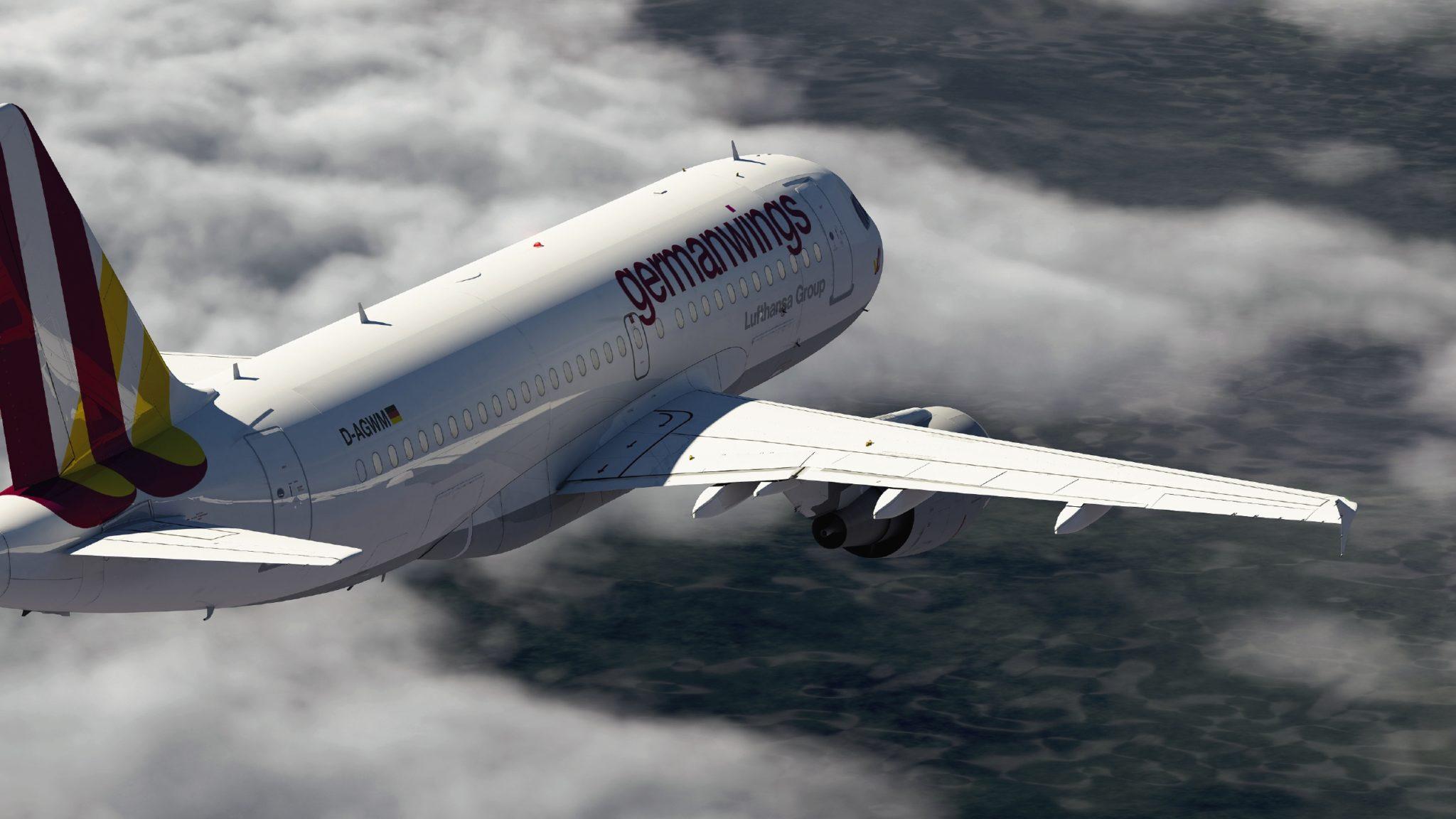 Germanwings-A319-like-the-4U9525-aircraft-Germanwings-Flieger_Pos_1 ...
